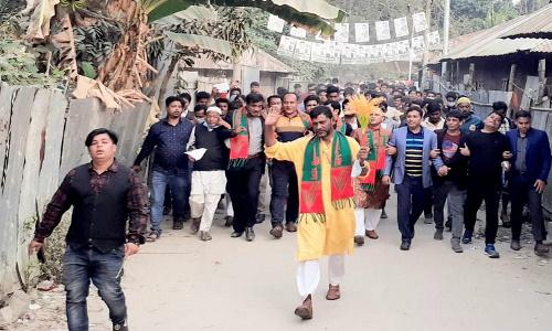 চৌদ্দগ্রামে ধানের শীষ প্রার্থী হারুন অর রশিদ মজুমদারের বিশাল শোডাউন ও পথসভা অনুষ্ঠিত